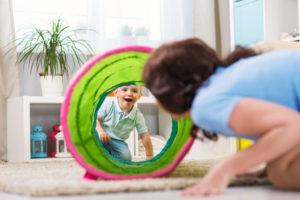 Tagesmutter / Tagesvater werden: Was Sie beachten müssen